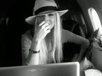 Las manitas largas de Lindsay Lohan pasan factura