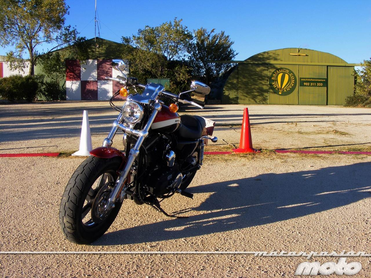 Foto de Harley-Davidson XR 1200CA Custom Limited (26/65)
