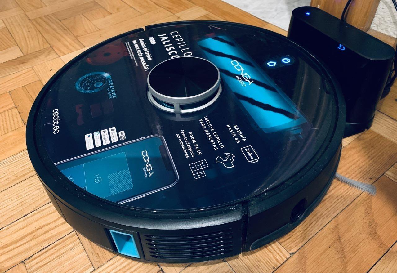 Aspira, friega y se controla con la voz: robot aspirador