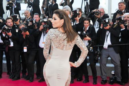 Las curvas de Eva Longoria no hacen sombra a las actrices y modelos de Cannes más elegantes