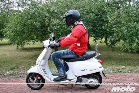 Vespa S 125 ie, prueba (conducción en ciudad y carretera)