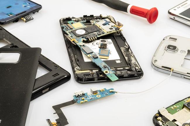 """El director del FBI sobre la encriptación de los dispositivos: """"es un problema urgente de seguridad pública"""""""
