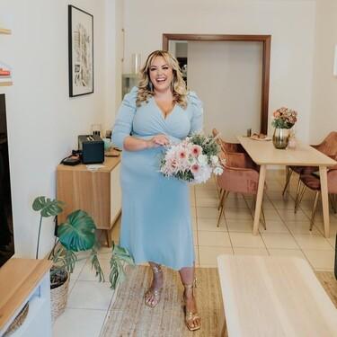 11 vestidos cortos y midi de invitada de tallas grandes para asistir impecable a una boda de día
