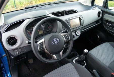 Toyota Yaris 90d 5p Active Prueba 06