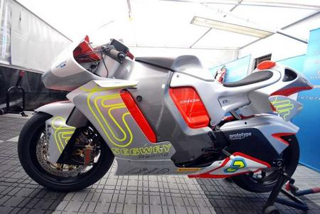 MotoCzysz E1pc muestra su aspecto final de cara al TT Zero 2012