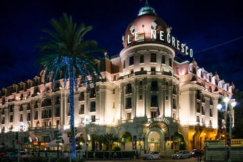 'Le Negresco' el mítico alojamiento de Niza que es como un museo