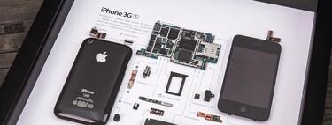 Este iPhone 3GS deconstruido y enmarcado también es una obra de arte que puedes colgar en tu salón