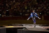 Los Red Bull X-Fighters paran en Las Ventas