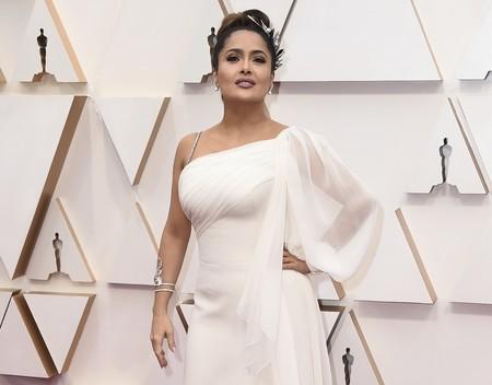 Salma Hayek se confunde de evento y se disfraza de griega para la alfombra roja de los Oscar 2020