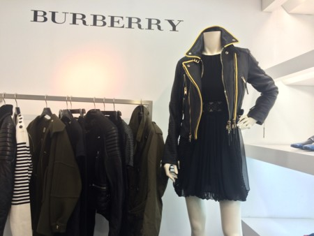 Entre sexy y romántico, así es nuestro encuentro con Burberry