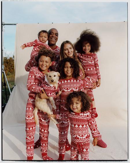 Así de divertidos son los pijamas navideños de Primark para toda la familia