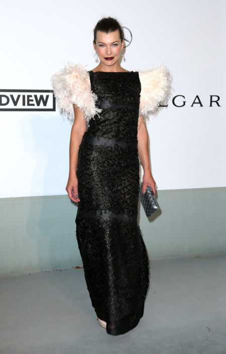 Milla Jovovich amfar Cannes 2014