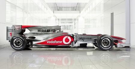 El nuevo McLaren Mercedes MP4-25 sorprende en su presentación