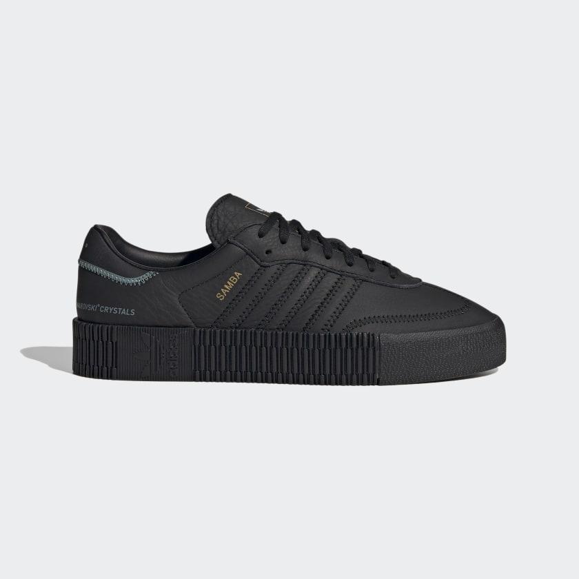 adidas SUMBAROSE con detalle de Swarovski en color negro