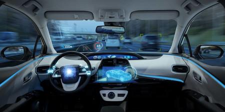 El IIHS también afirma que las asistencias de conducción aún no están aptas para funcionar solas