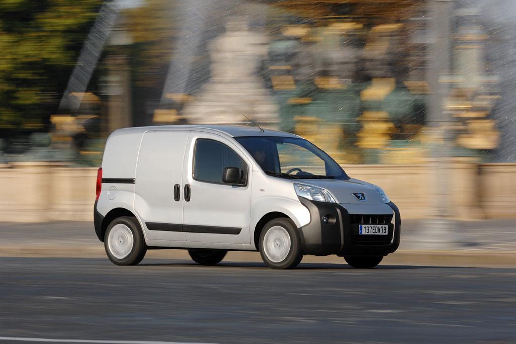Foto de Fiat Fiorino, Peugeot Bipper, Citroën Nemo (9/19)