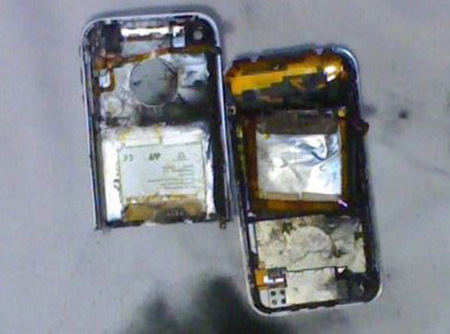 iphone-explodes2.jpg