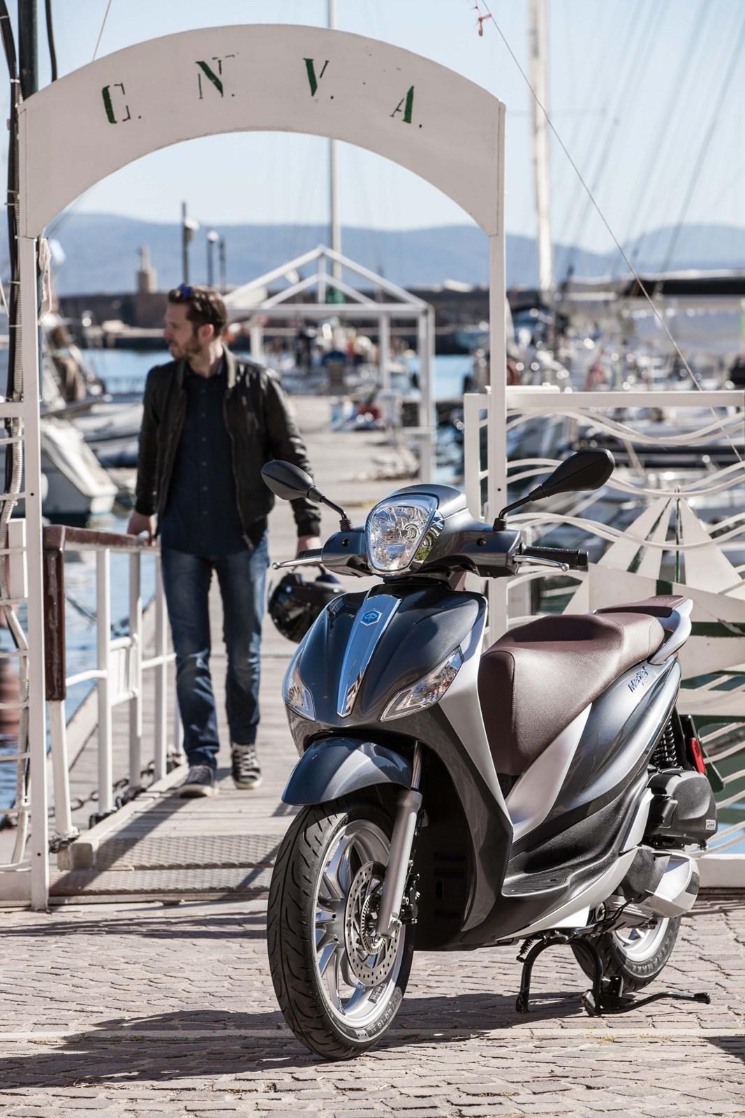 Foto de Piaggio Medley 125 ABS, ambiente y acción (2/52)