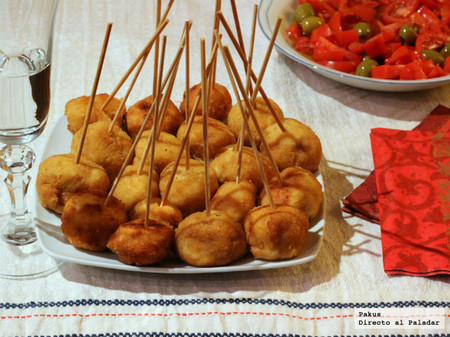Chupachups de pollo a la Villaroy, el picoteo perfecto