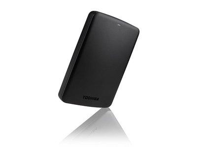 Si necesitas 1 TB extra para llevar tus archivos a todas partes, en Toshiba Canvio Basics hoy en Mediamarkt está a 49,95 euros