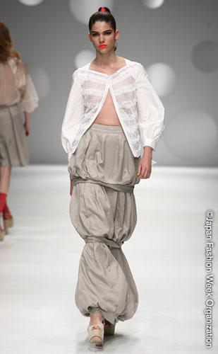 Ritsuko_Shirahama_japan_fashion_week1