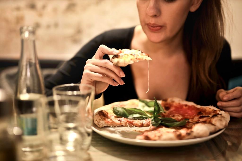Pizza: cómo cambiar sus ingredientes para restar calorías
