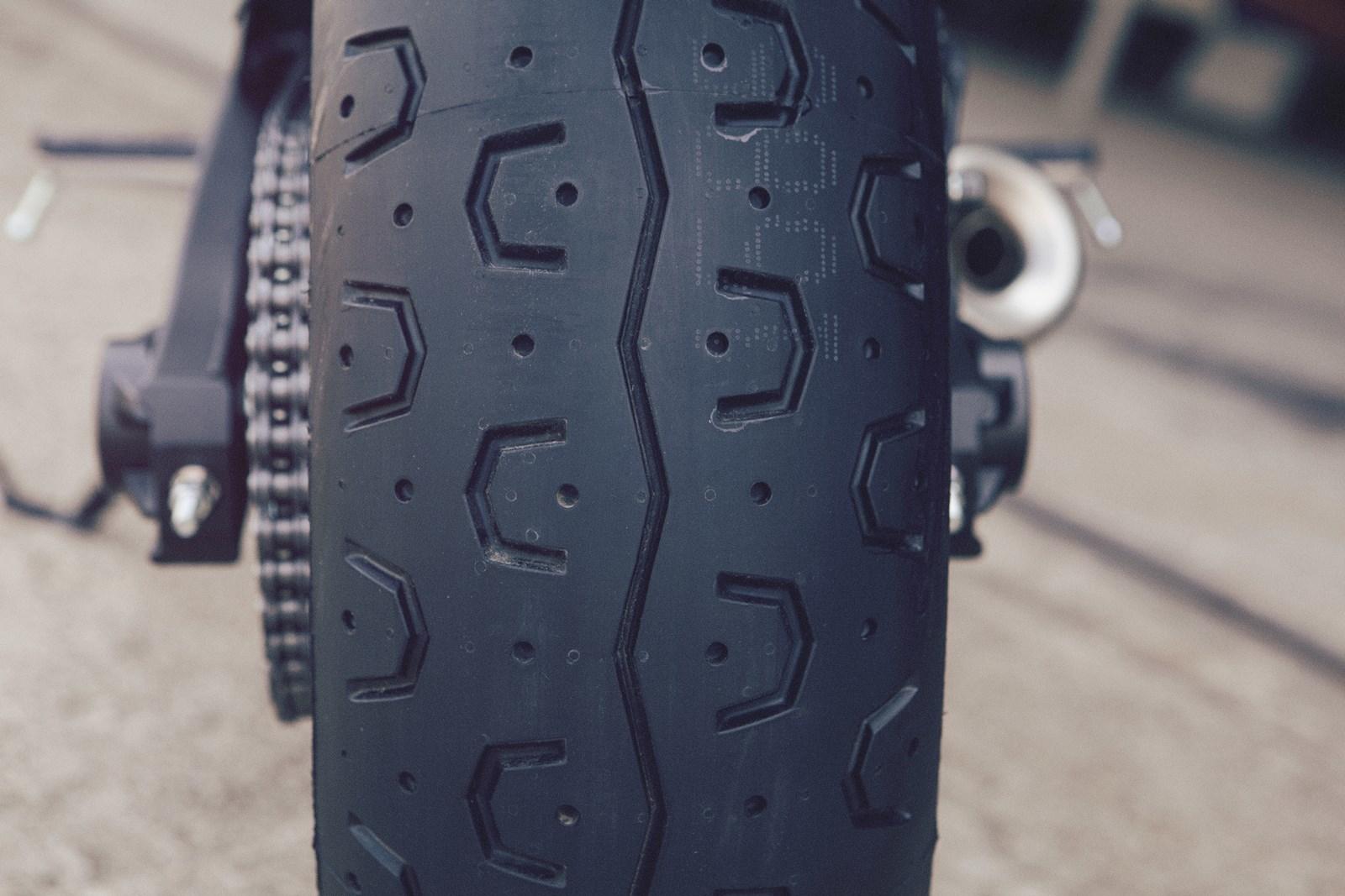 Foto de Yamaha XSR700 en acción y detalles (34/41)