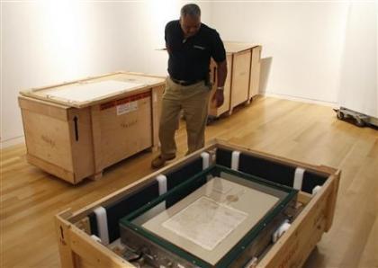 Una copia de la Carta Magna a la venta