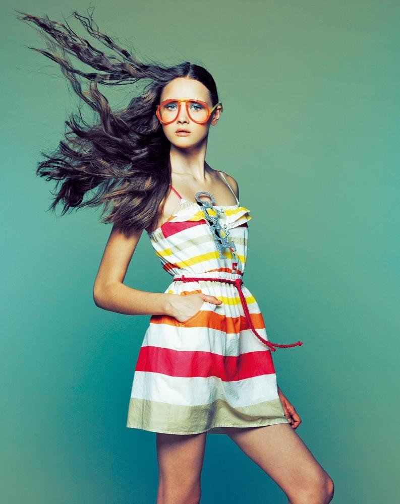 Foto de Bershka, lookbook de abril Primavera 2011: ¡más color en las tiendas! (9/22)