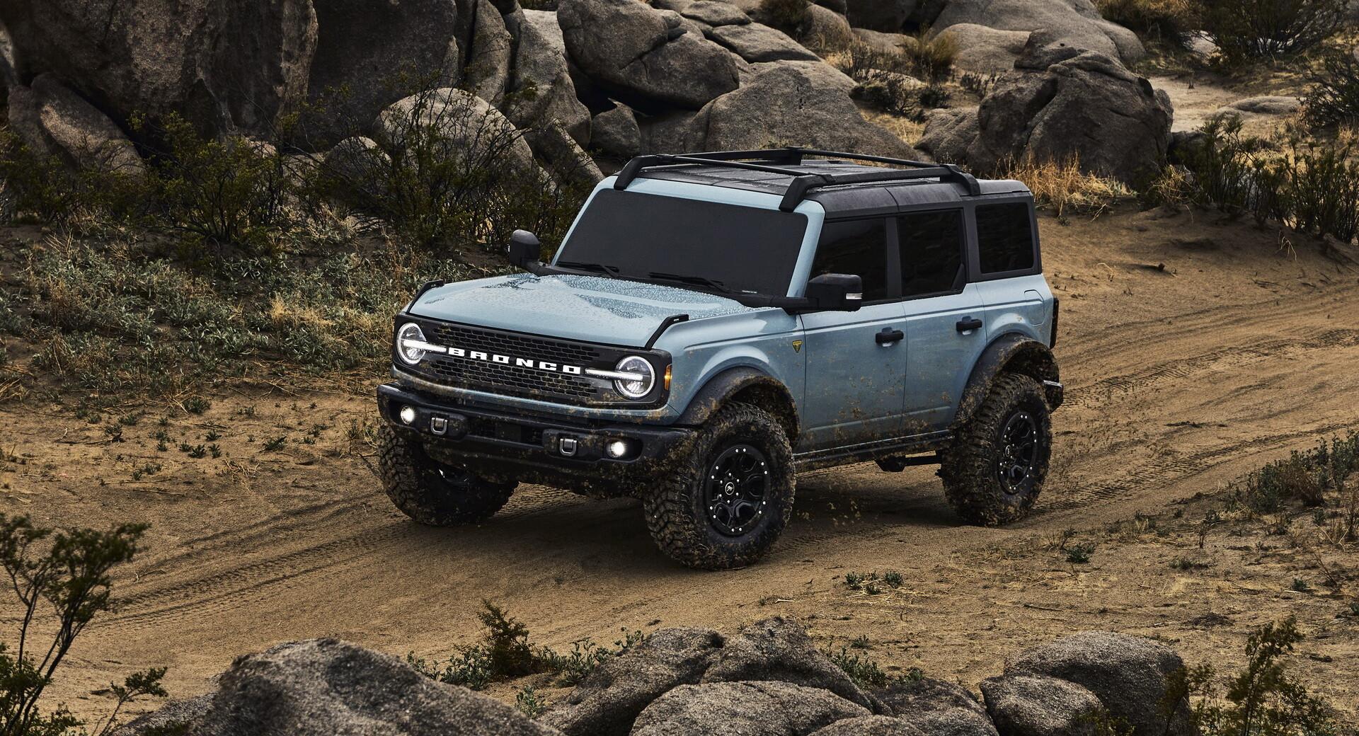 Foto de Ford Bronco (11/30)