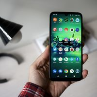 Motorola Moto G8 Plus a su precio más bajo en Amazon: 205,79 euros y envío gratis