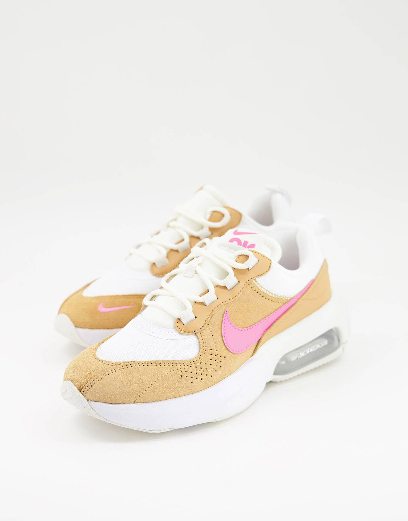 Zapatillas de deporte blancas, naranjas y rosas Air Max Verona de Nike
