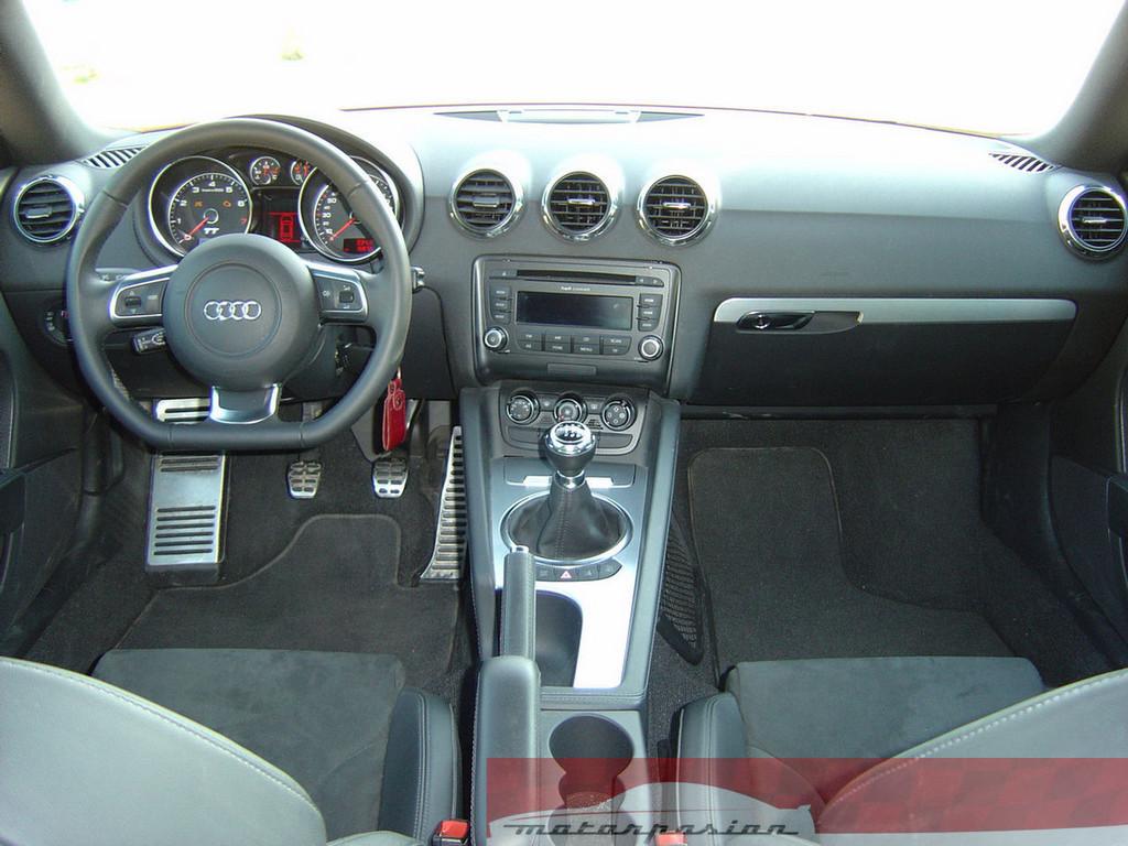 Foto de Audi TT Coupé (9/19)