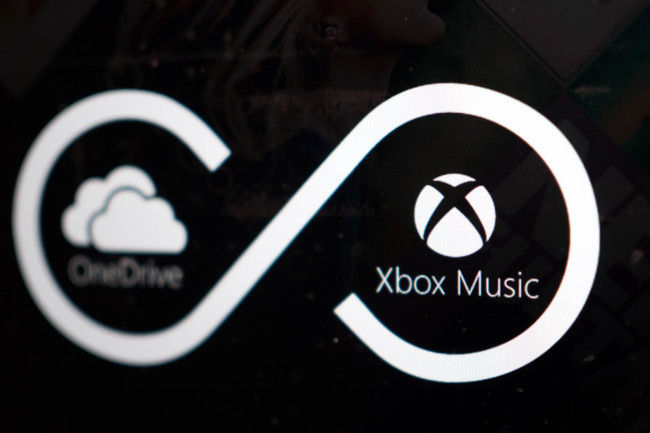 how to put music on xbox one from phone