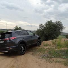 Foto 20 de 25 de la galería prueba-toyota-rav4-hybrid-exteriores-coche en Motorpasión