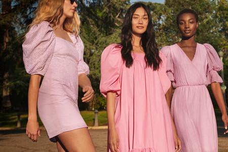 Si eres de las que vive la vida en un color rosa, estos vestidos te van a enamorar por completo