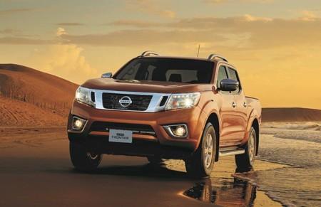 La Nissan NP300 Frontier estrena versión Platinum LE como nuevo tope de gama a gasolina