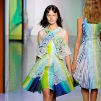 Christopher Kane, Peter Pilotto y Erdem desfilan en la cuarta jornada de la Semana de la Moda de Londres