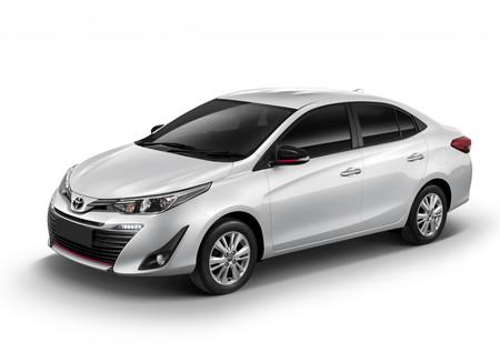 Toyota Yaris Sedán 2018: Precios, versiones y equipamiento ...