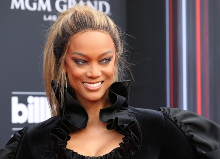 Billboard Awards Tyra Banks
