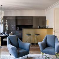 Un apartamento en Barcelona de estilo clásico renovado que demuestra que el estilo no está reñido con los metros