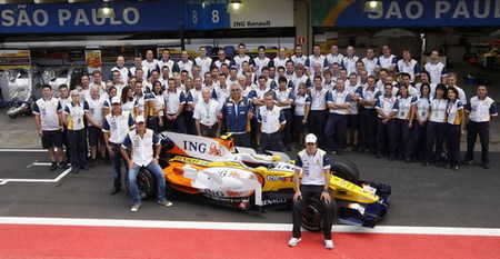 Alonso seguirá en Renault las dos próximas temporadas