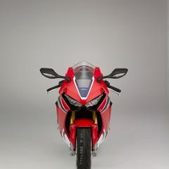 Foto 34 de 51 de la galería honda-cbr1000rr-fireblade-sp-y-sp2-2017 en Motorpasion Moto