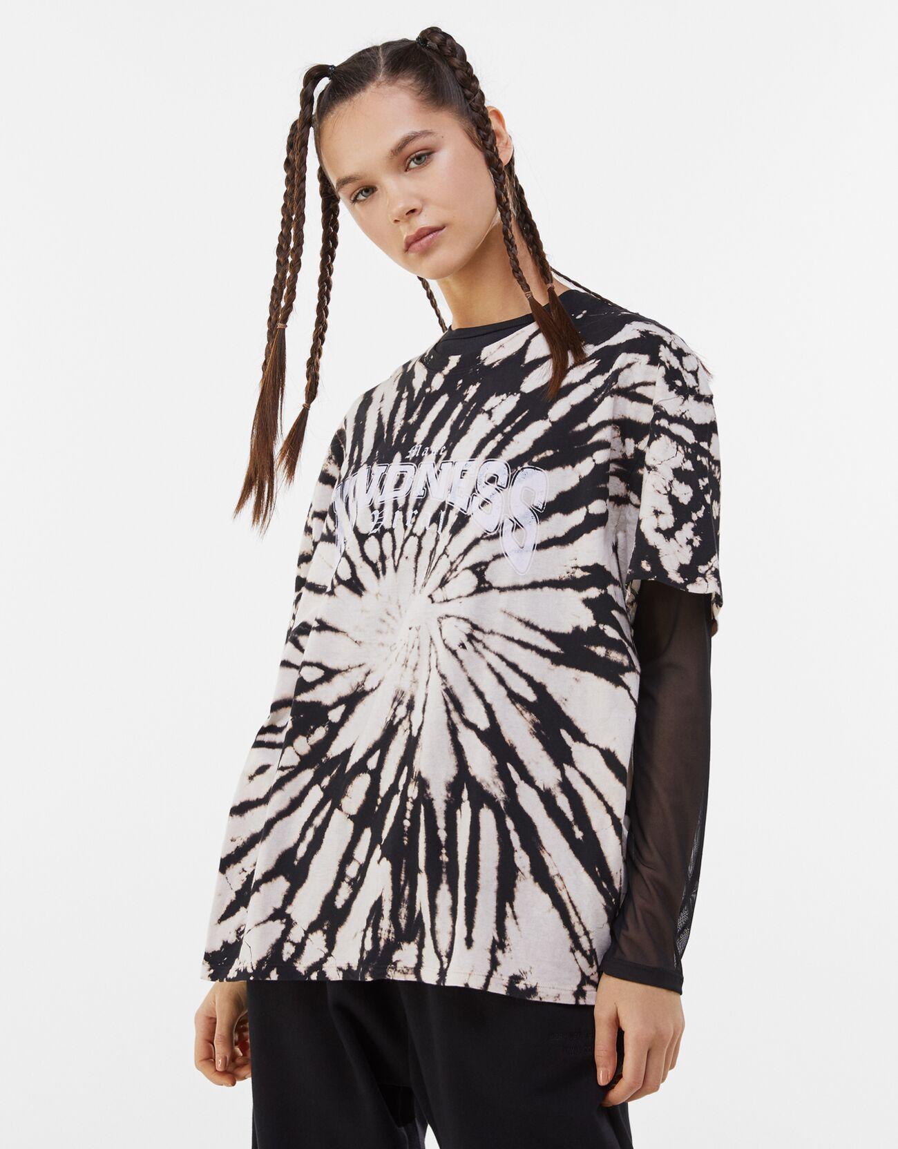 Camiseta tie-dye con efecto desteñido