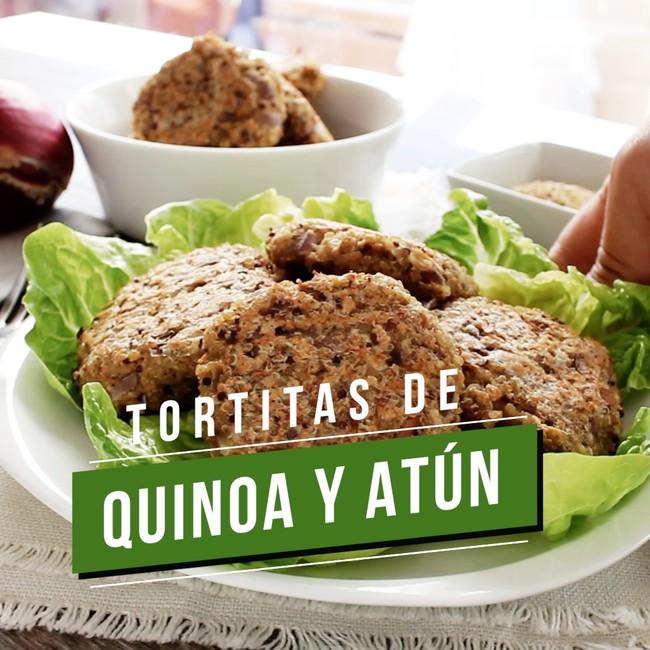 Tortitas de quinoa y atún. Receta saludable en video