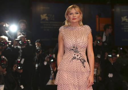 Kirsten Dunst la mejor musa de Rodarte en el Festival de Venecia