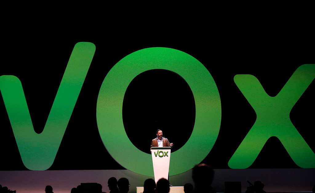 Vox acusa a Twitter de una suspensión temporal de la cuenta del partido político por