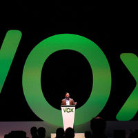 """Vox acusa a Twitter de una suspensión temporal de la cuenta del partido político por """"incitación al odio"""""""