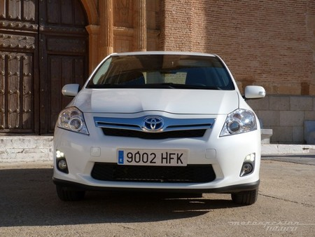 Auris HSD Frontal