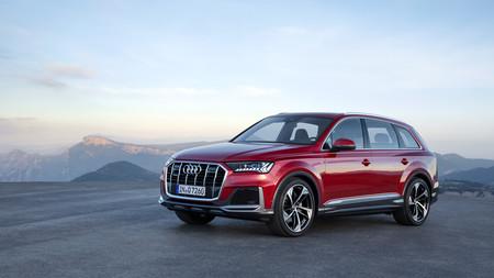 El Audi Q7 se pone al día: un SUV que estrena diseño, motores mild-hybrid con pegatina ECO e interior digital